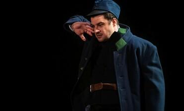 Švejk jede na Divadelní svět Brno